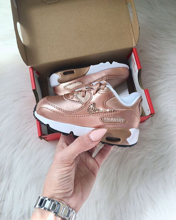 air max enfant fille blanc rose