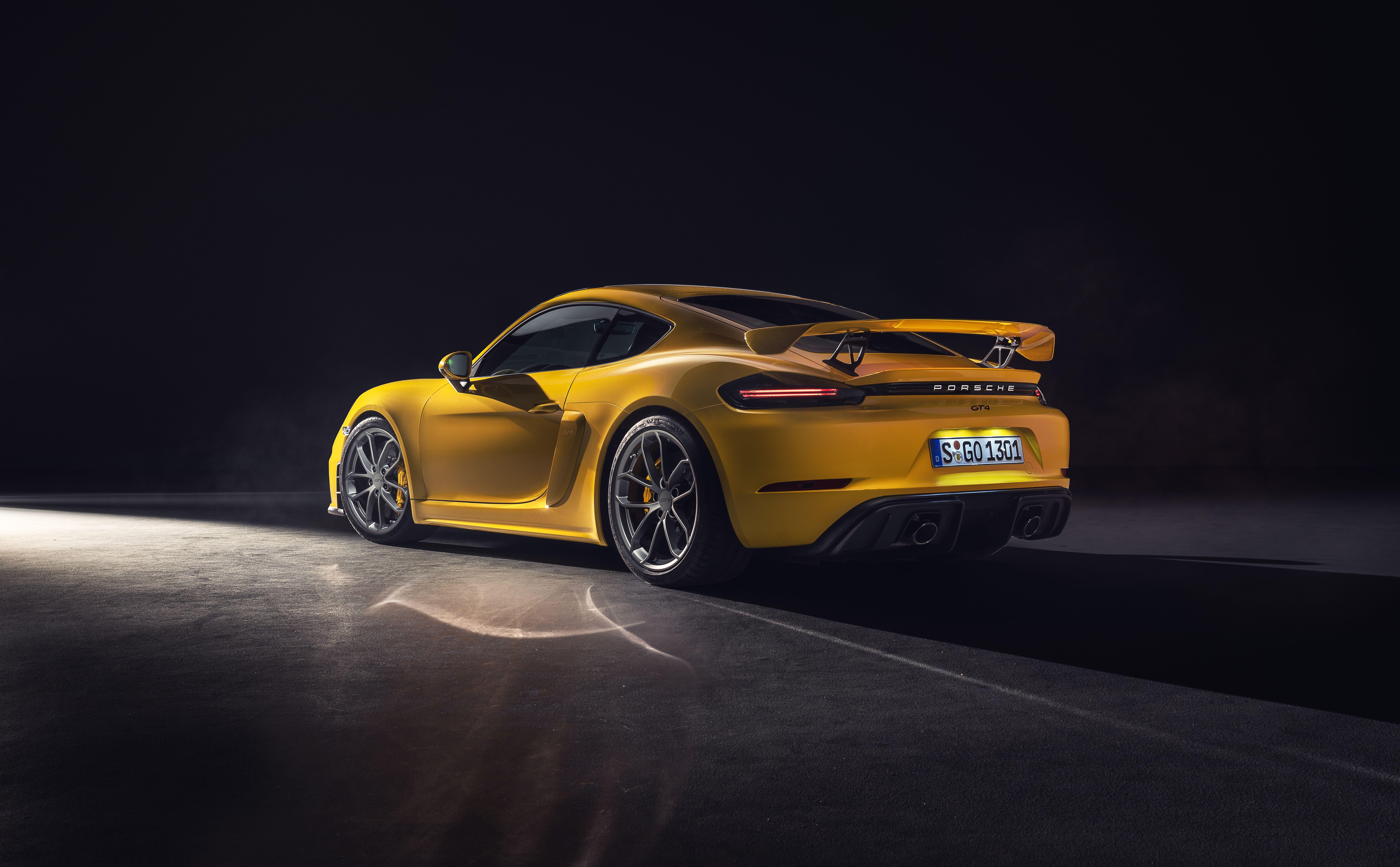 Wallpaper Of The Day 2020 Porsche 718 Cayman Gt4 Top Speed Porsche 718 Cayman Cayman Gt4 New Porsche