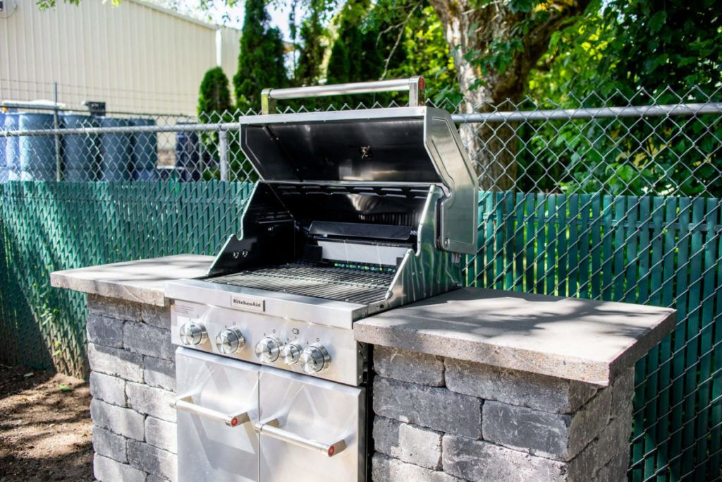 How to build a stone grill surround western interlock in