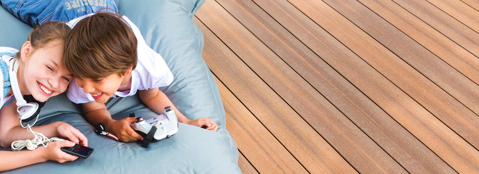 Megawood Terrassendielen Komplettset WPC Komplettbausatz Premium XXL grau Holz