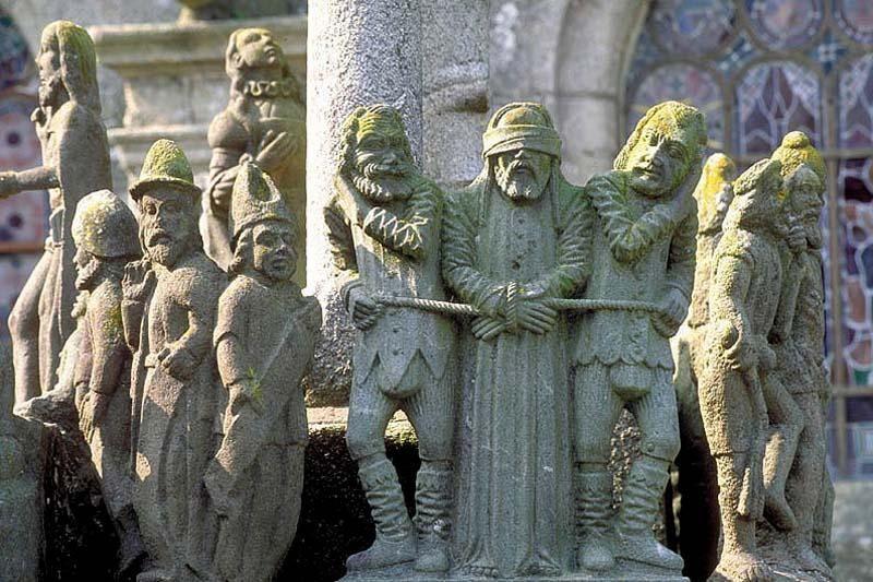Visiter Les Enclos Paroissiaux Art Religieux Tourisme Bretagne Bretagne Art Religieux Art