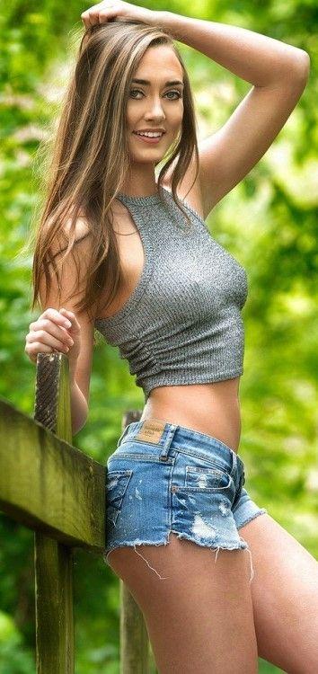 Hot sexy short shorts