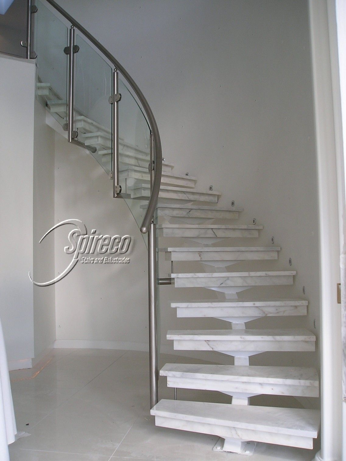 Best Curved Staircase Kits Staircase Check More At Http 400 x 300