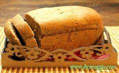 pão integral, fácil de fazer...    2 copos de farinha de trigo integral    1 copo de água morna    1/4 copo de óleo de canola    1 sachê de fermento biológico (10g)    1/2 colher de sopa de açúcar    1/2 colher de sopa de sa