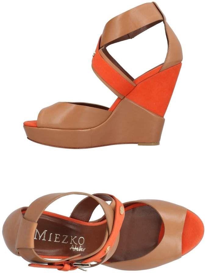 FOOTWEAR - Sandals Miezko 5ruM6d