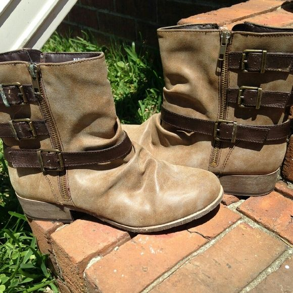 BRAND NEW JELLYPOP MARIAN BROWN ANKLE BOOTS Brand New Jellypop Marian Ankle Boots size 11 M NEVER WORN JellyPop  Shoes Ankle Boots & Booties