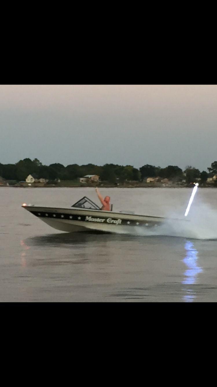 Pin By Joy Shannahan On Water Skiing Mastercraft Boat Ski Boats Water Skiing