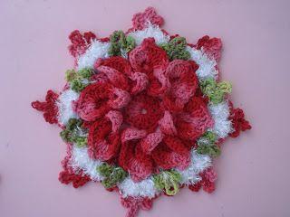 Flor de croche enrolada de marcelo nunes