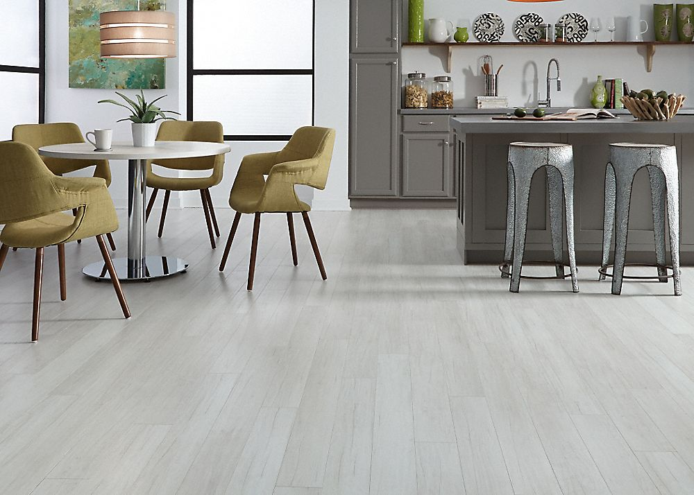 10mm Alpine Oak Fullscreen Grey Laminate Flooring Gray Wood Tile Flooring Grey Hardwood Floors