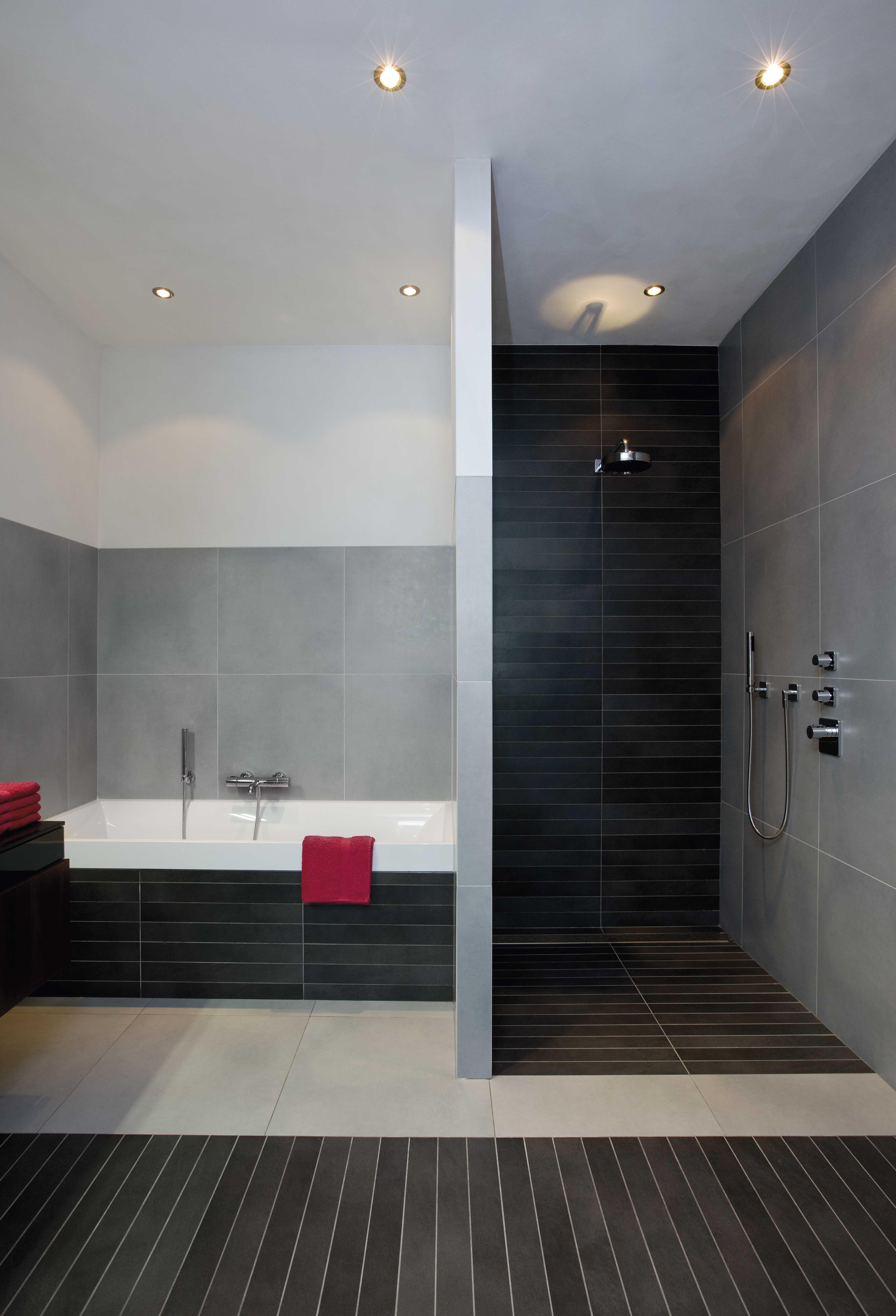 mede dankzij de adviezen van sanidrõme is onze badkamer helemaal
