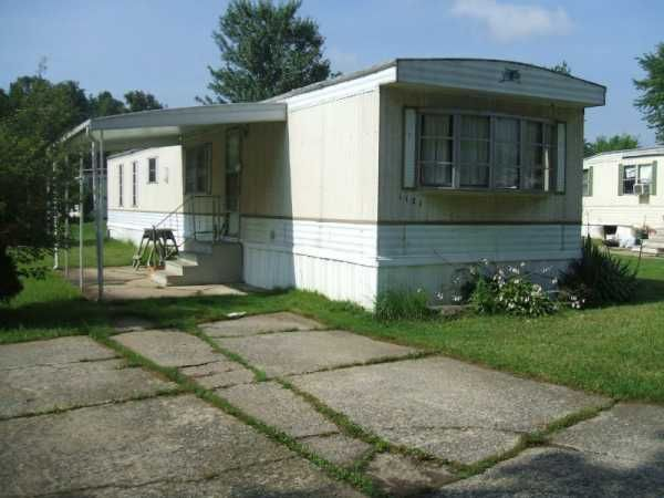 1975 castle mobile manufactured home in brookfield oh for Castle modular homes