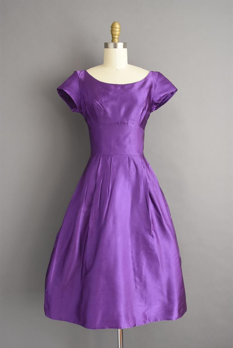 Vintage 1950s Outstanding Purple Satin Full Skirt Bridesmaid Cocktail Party Dress Xs Small 50s Dress Vintage Purple Dress Dresses Purple Satin [ 1188 x 794 Pixel ]
