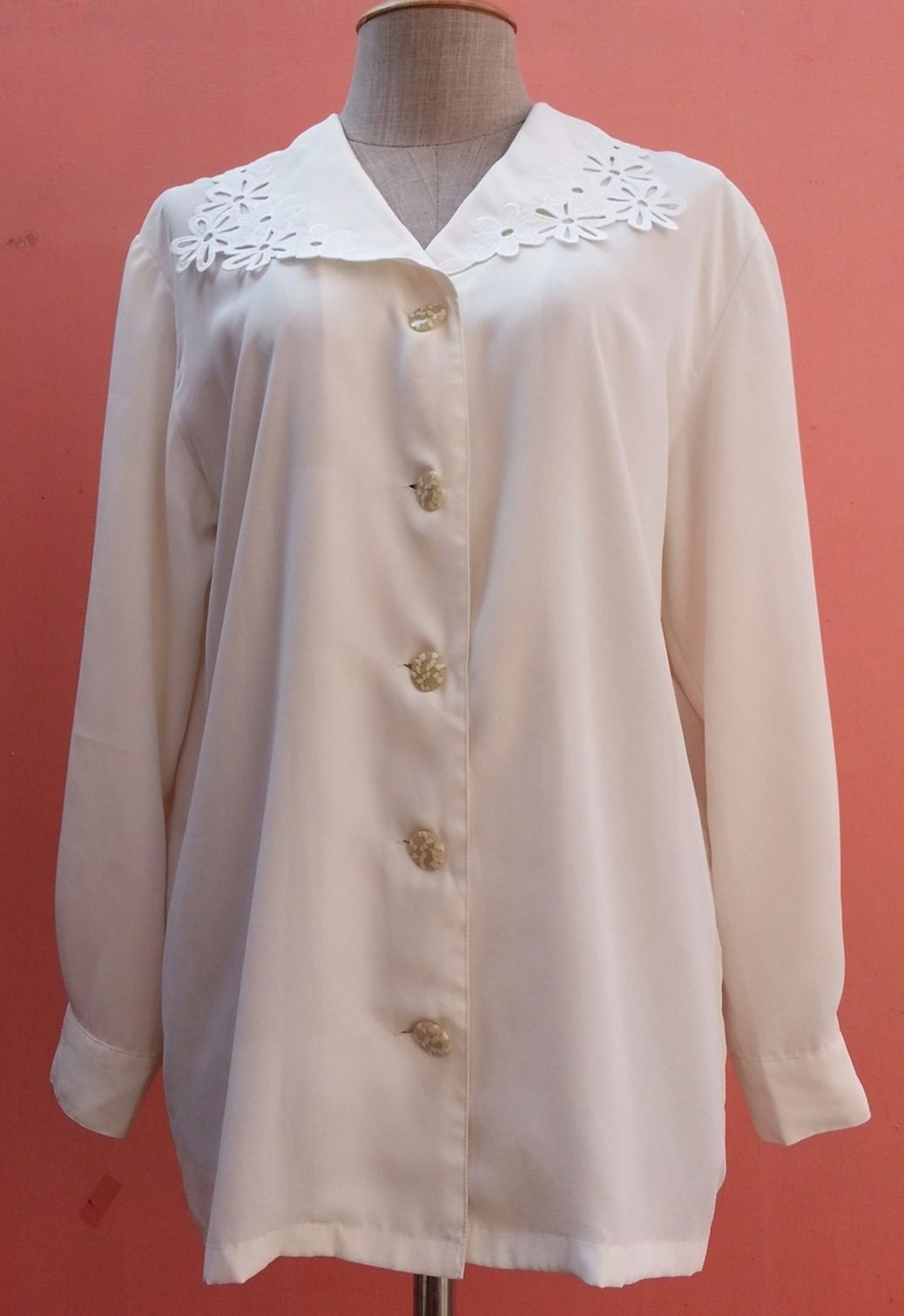 7642d939d1300 White Blouse Boho Shirt 80s Blouse Lace Collar Shirt Vintage Blouse 1980s  Clothing Women Button Down Shirt Polyester Shirt Long Sleeve Large