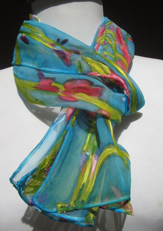 This scarf looks like a mini painting. so pretty