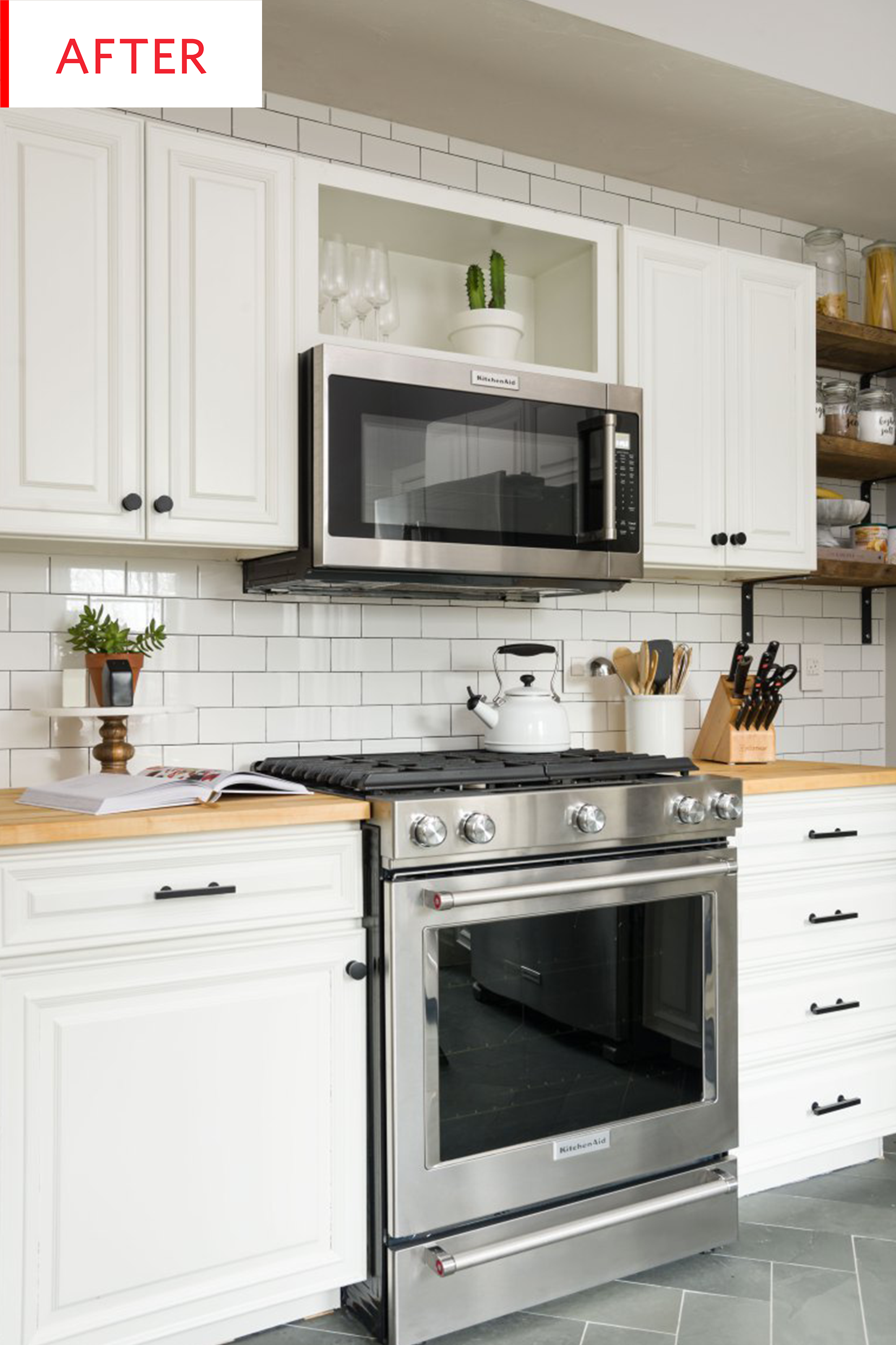 Before And After This Kitchen Was Renovated For Resale Kitchen Cabinet Remodel Old Kitchen Cabinets Kitchen Remodel