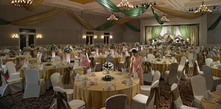 Ballroom Wedding Set Up At Sule Shangri La Yangon