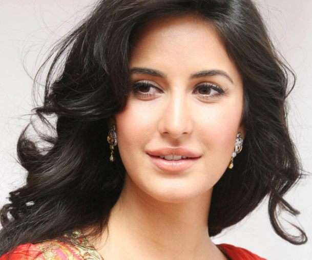 Katrina Kaif Biography Age Height Weight Wiki Movies Images Katrina Kaif Family Film Katrina Kaif Wallpapers Katrina Kaif Images Katrina Kaif Biography