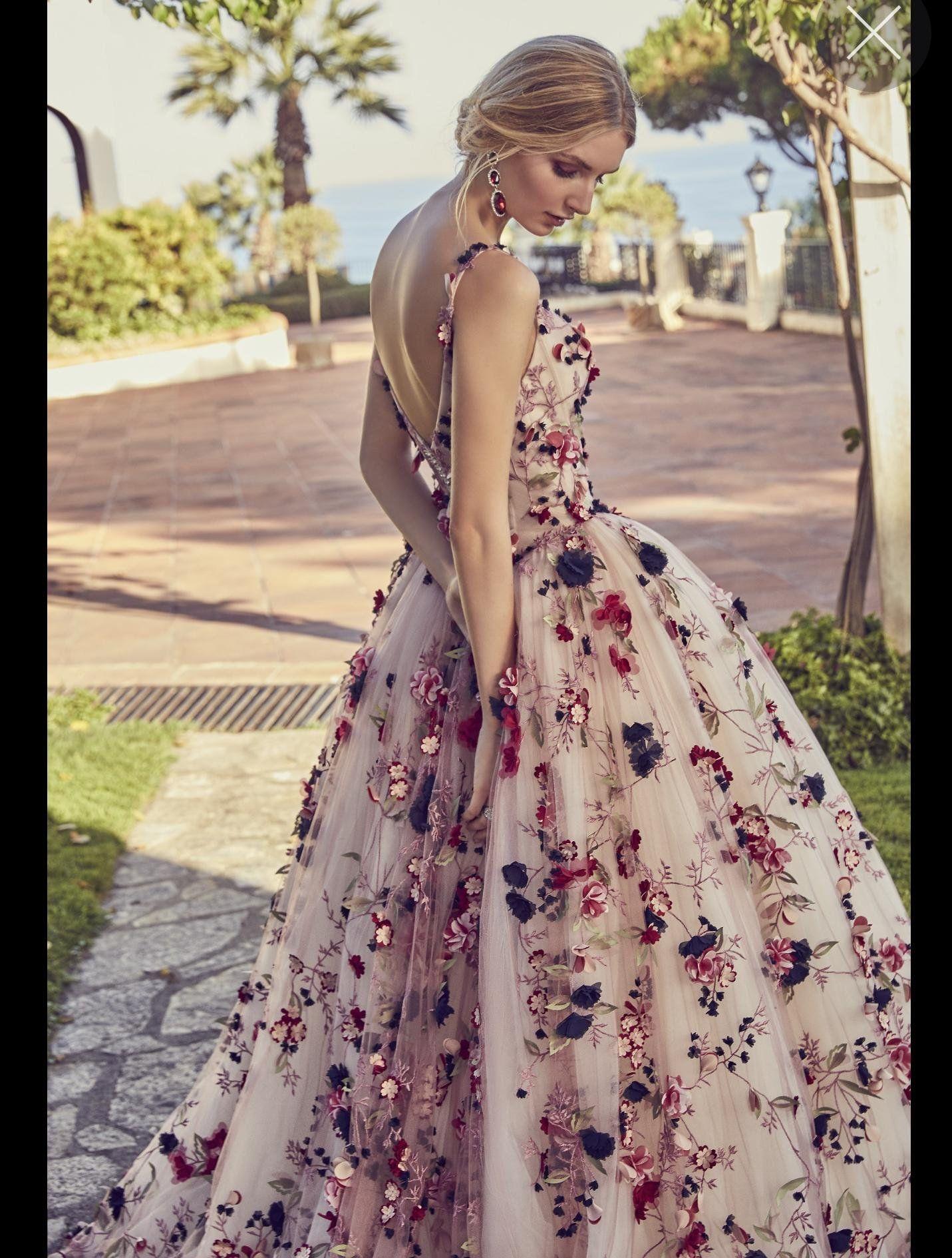 Irgendwelche Ideen für nichttraditionelle Brautkleider mit