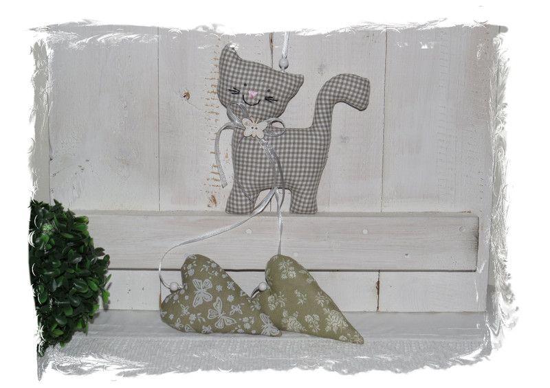 Deko+Girlande+aus+Stoff+,+Katze+&+Herzen+von+ediths-stoffträume+auf+DaWanda.com