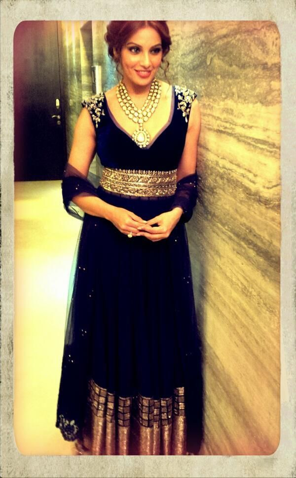 Celebs At Screen Awards 2014 Indian Fashion Ethnic Fashion And Indian Outfits