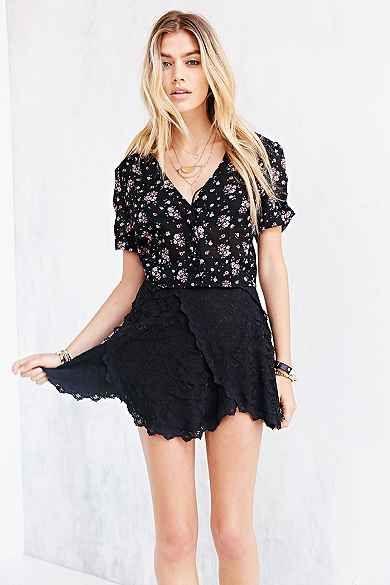 5599269c3 Kimchi Blue Seamed Lace Hanky-Hem Skirt | DO NOT FOLLOW MY BOARDS ...