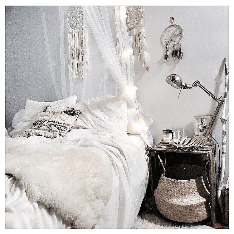 Regardez cette photo instagram de noeudsjustine 2 839 j for Decoration chambre tumblr