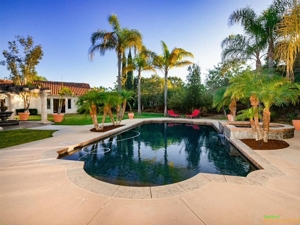 luxury homes for sale in poway california