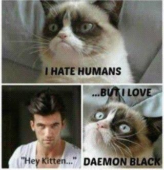 Odio humanos pero amo a #DaemonBlack ❤