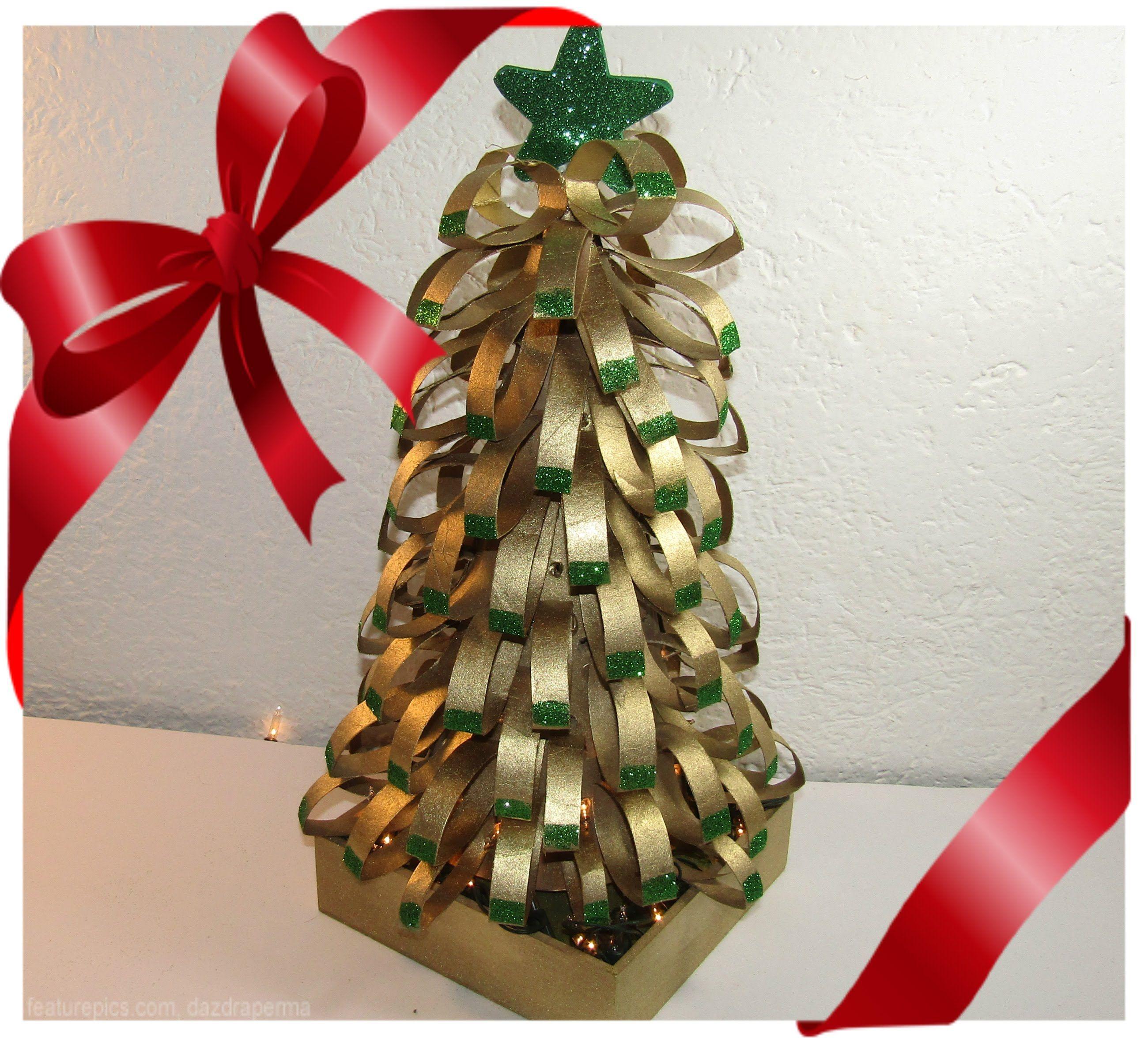 Arbol navide o con tubos de papel higienico adornos de - Adornos navidenos papel ...
