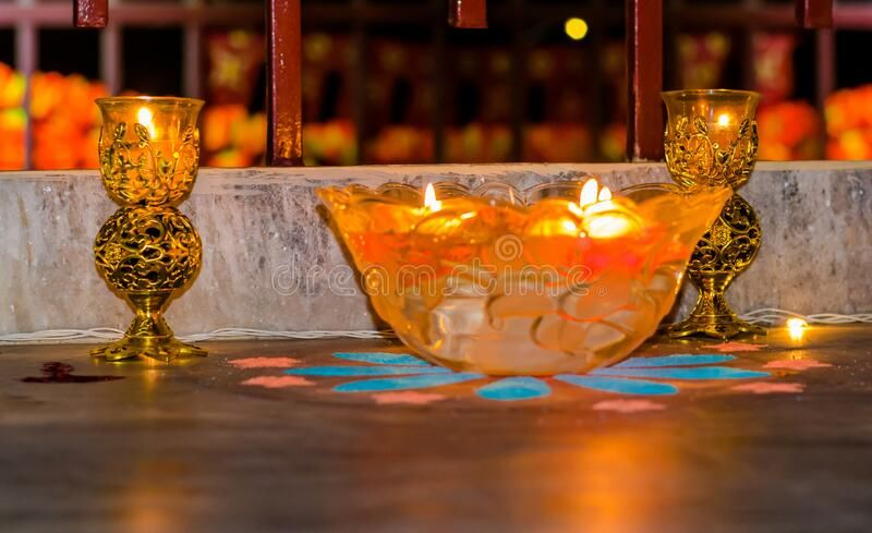 Happy Diwali – Colorful Clay Diya Lamps Lit During Diwali Celebration Stock Image – Image of hinduism, auspicious: 181390801