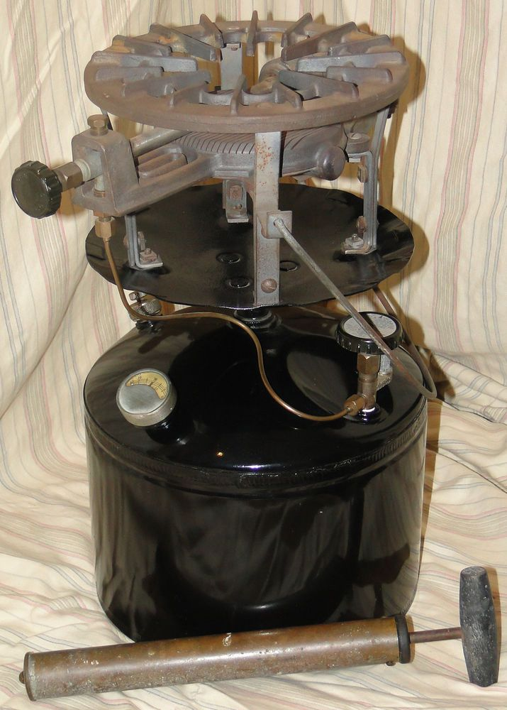 RARE Coleman Mdl 575 Handy Gas Plant Stove With Air Pump by Coleman Lantern Co