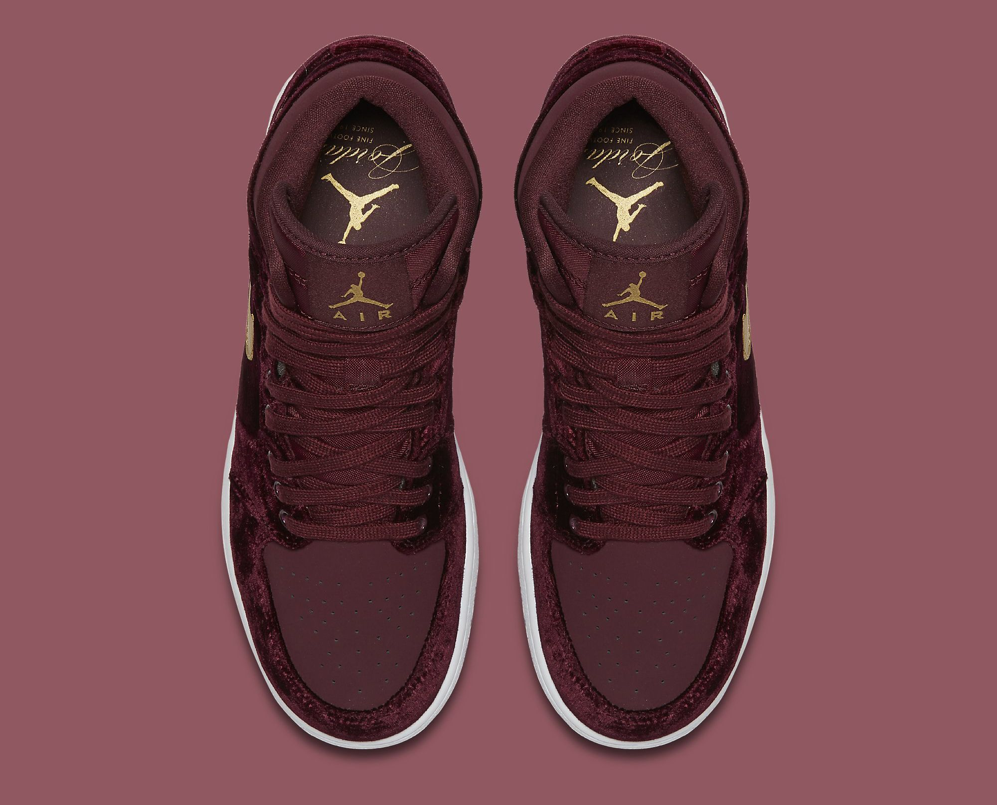5c9116c8bf0 Red Velvet Air Jordan 1 Heiress 832596-640 Top