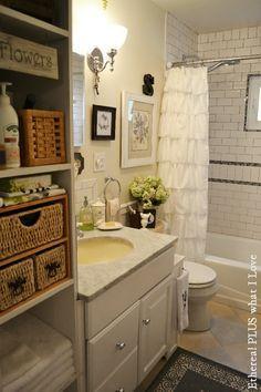 Small Cottage Bathroom