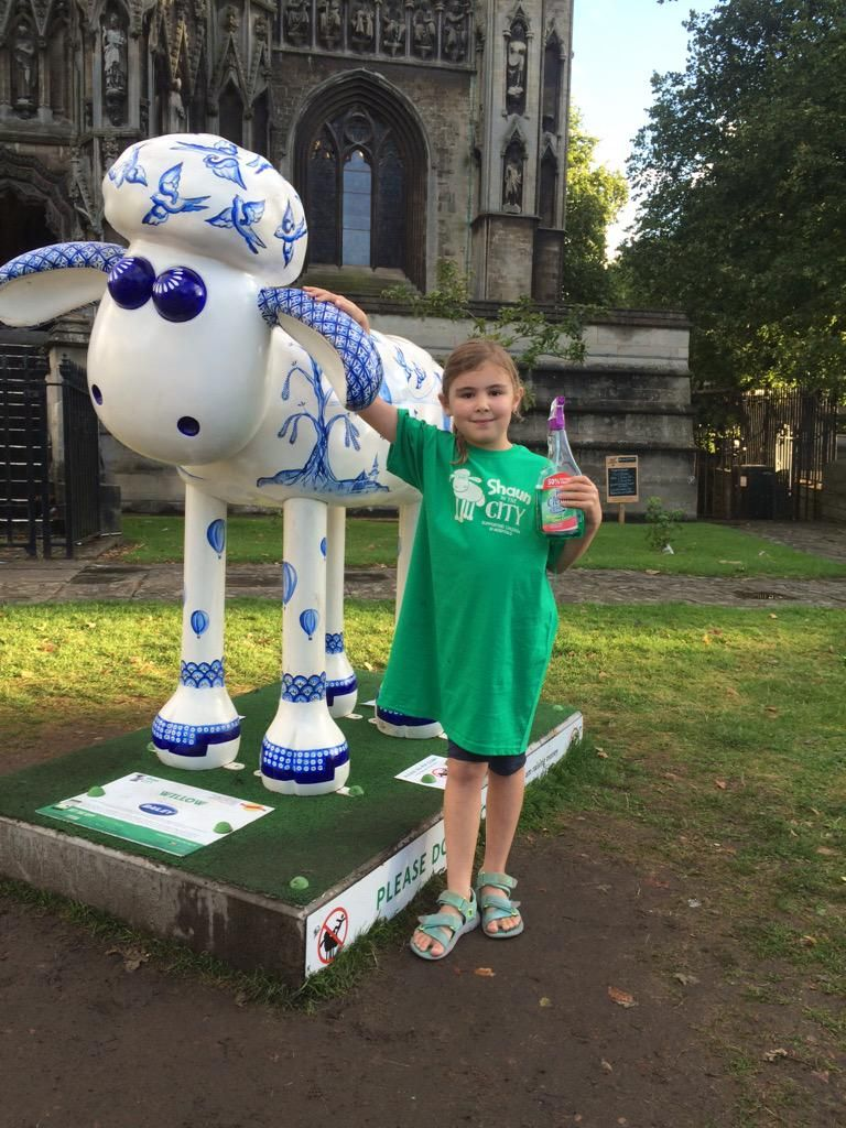 "Rails on Twitter: ""@shaun_inthecity @BaileyofBristol Willow has had his Sunday evening bath! http://t.co/kpzb87aq2B"""