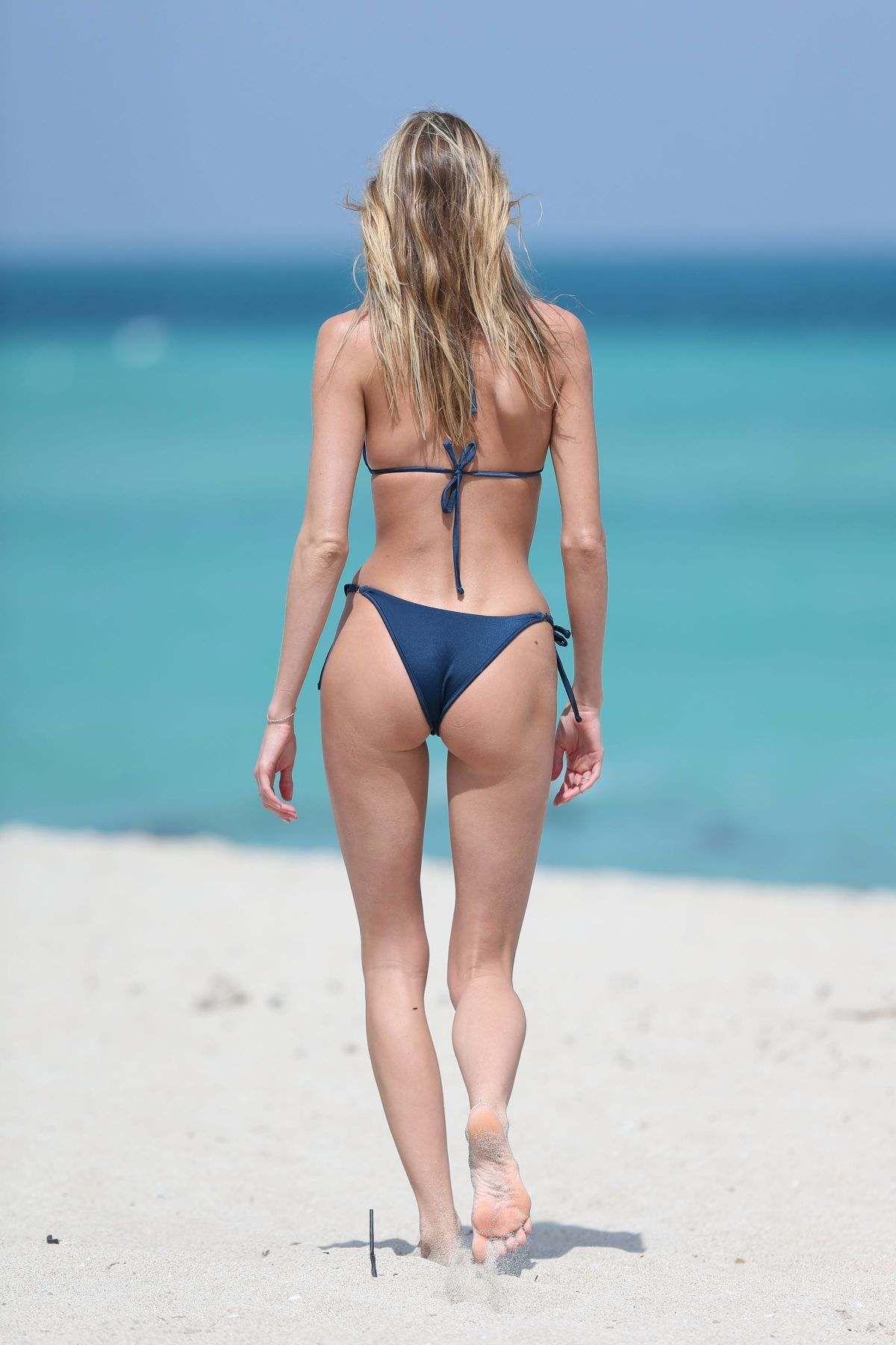 Bikini Martha Hunt naked (76 photos), Topless, Cleavage, Instagram, panties 2018