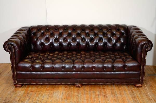 Terrific Leather Chesterfield Sofa 77 Long 100 Oxblood Leather Inzonedesignstudio Interior Chair Design Inzonedesignstudiocom