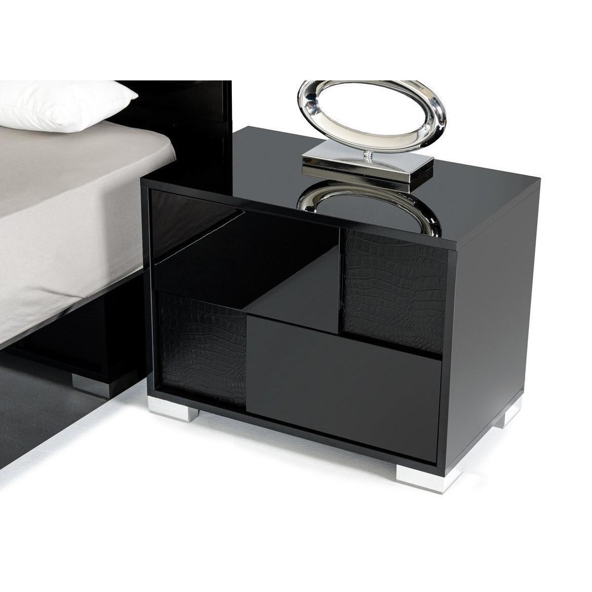Best Modrest Grace Italian Modern Black Nightstand Black 640 x 480