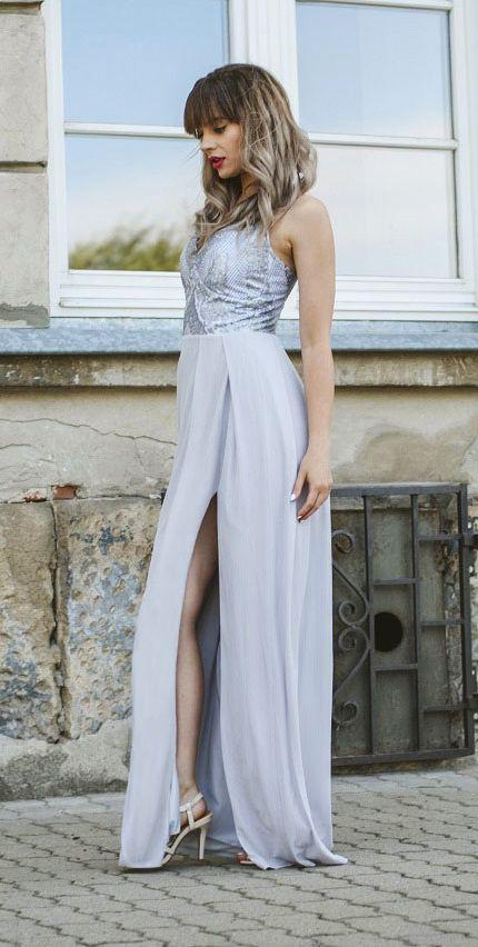 f054a636b9 Długa szara sukienka ze srebrną górą. Idealna szara sukienka dla druhny lub  na wesele.