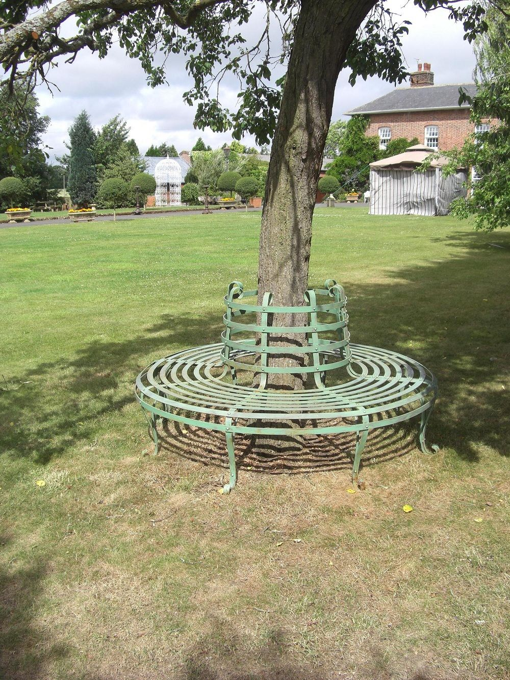 These Half Tree Garden Seats Are Designed For Fitting