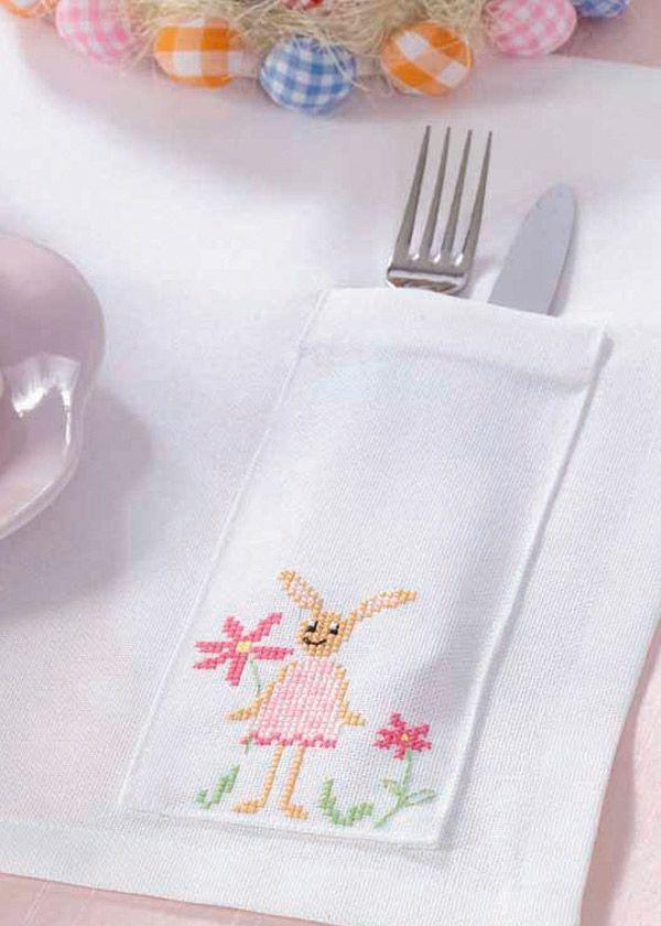 Free pattern: rabbit place mat