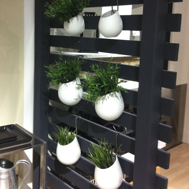 Hanging ikea pots might be good for a movable herb - Jardin vertical ikea ...