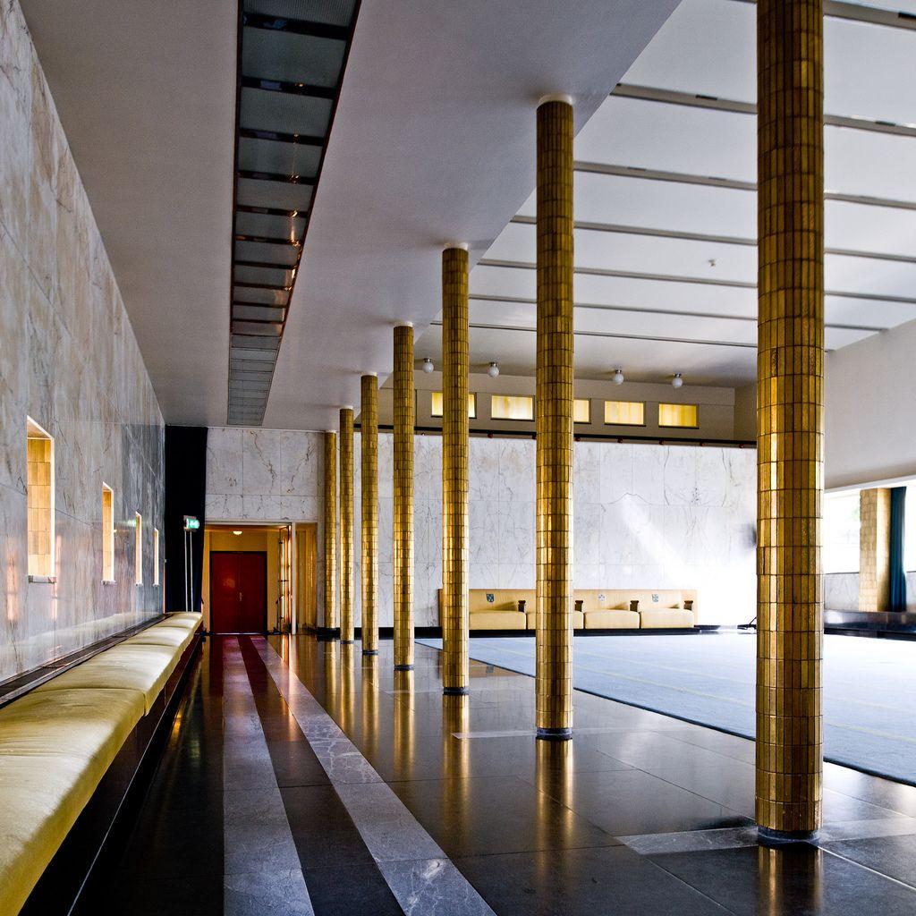 Hilversum town hall no 06 nidos arquitectos y maestros for Bauhaus oficinas centrales