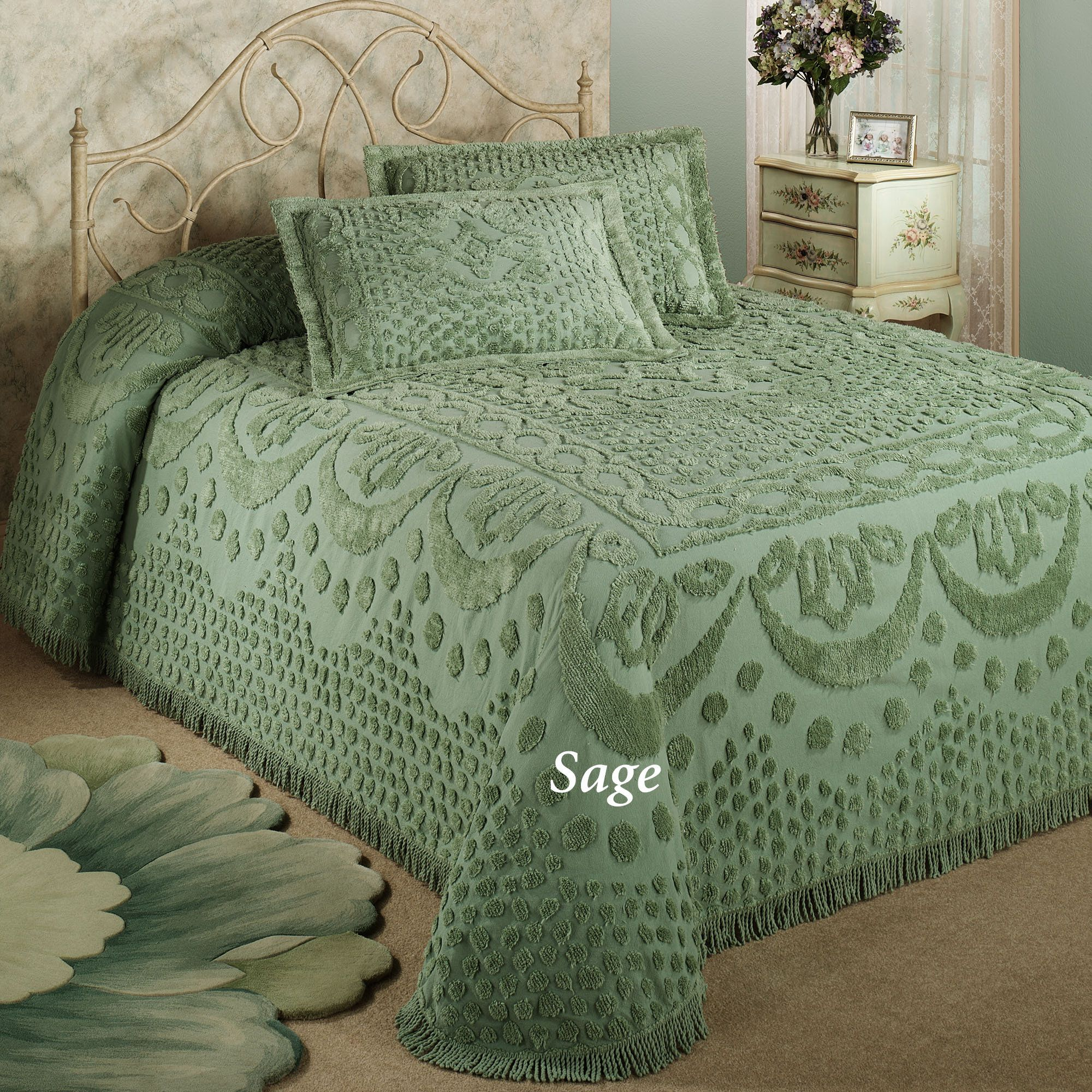 Kingston Beige Or White Chenille Bedspreads Bed Spreads