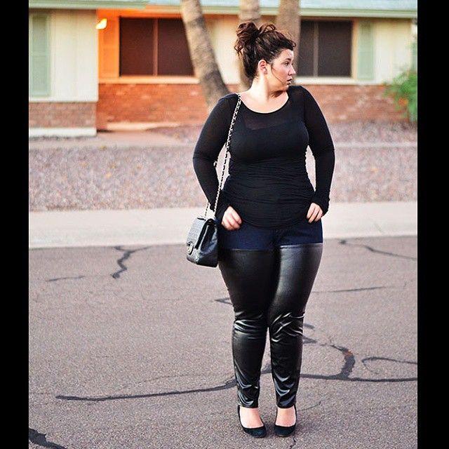 OOTD Fall 2014: Curvy leather pants sleek black top, Chanel bag ...