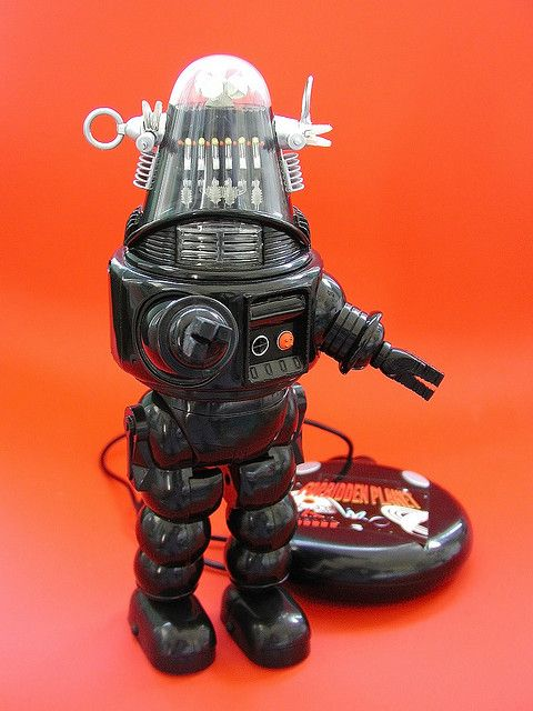 trendmasters remote control robby the robot (1999)