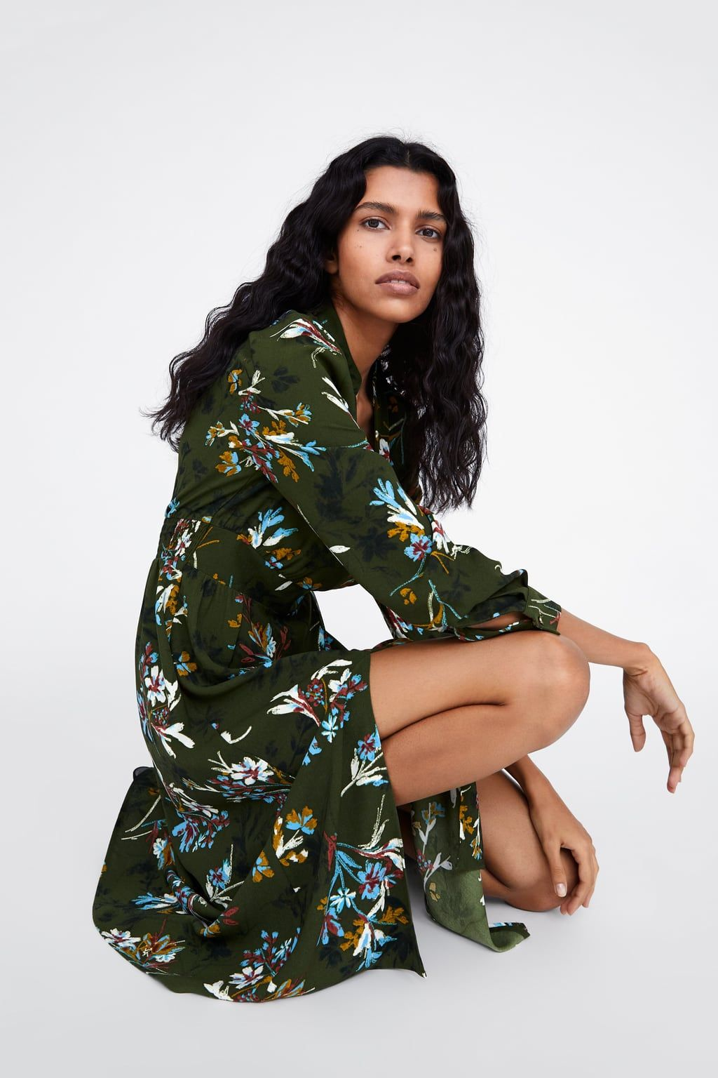 f1ade7ad2f8ad3 Sukienka z nadrukiem w kwiaty w 2019 | ciuchy | Sukienka, Sukienki i ...