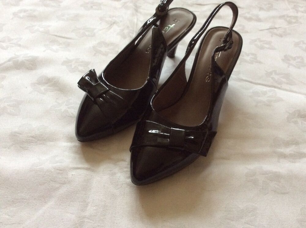 Ladies Patent Slingback Shoes Black Size 4 37 By Tamaris New Boxed Kitten Heel Kitten Heels From Ebay Uk Kittenheels H Slingback Shoes Heels Kitten Heels