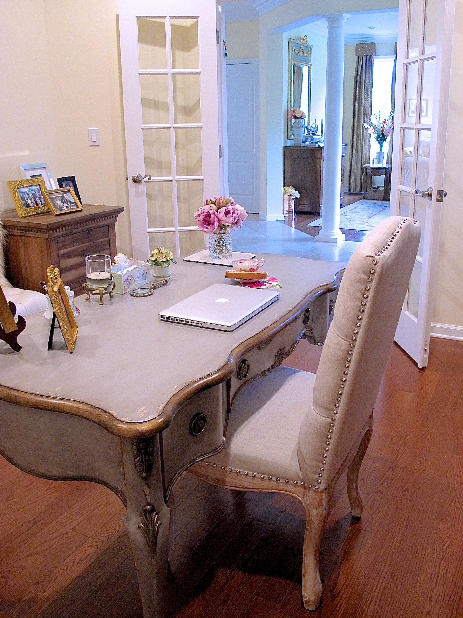 Home fice Transforming the Study with French Style Furniture