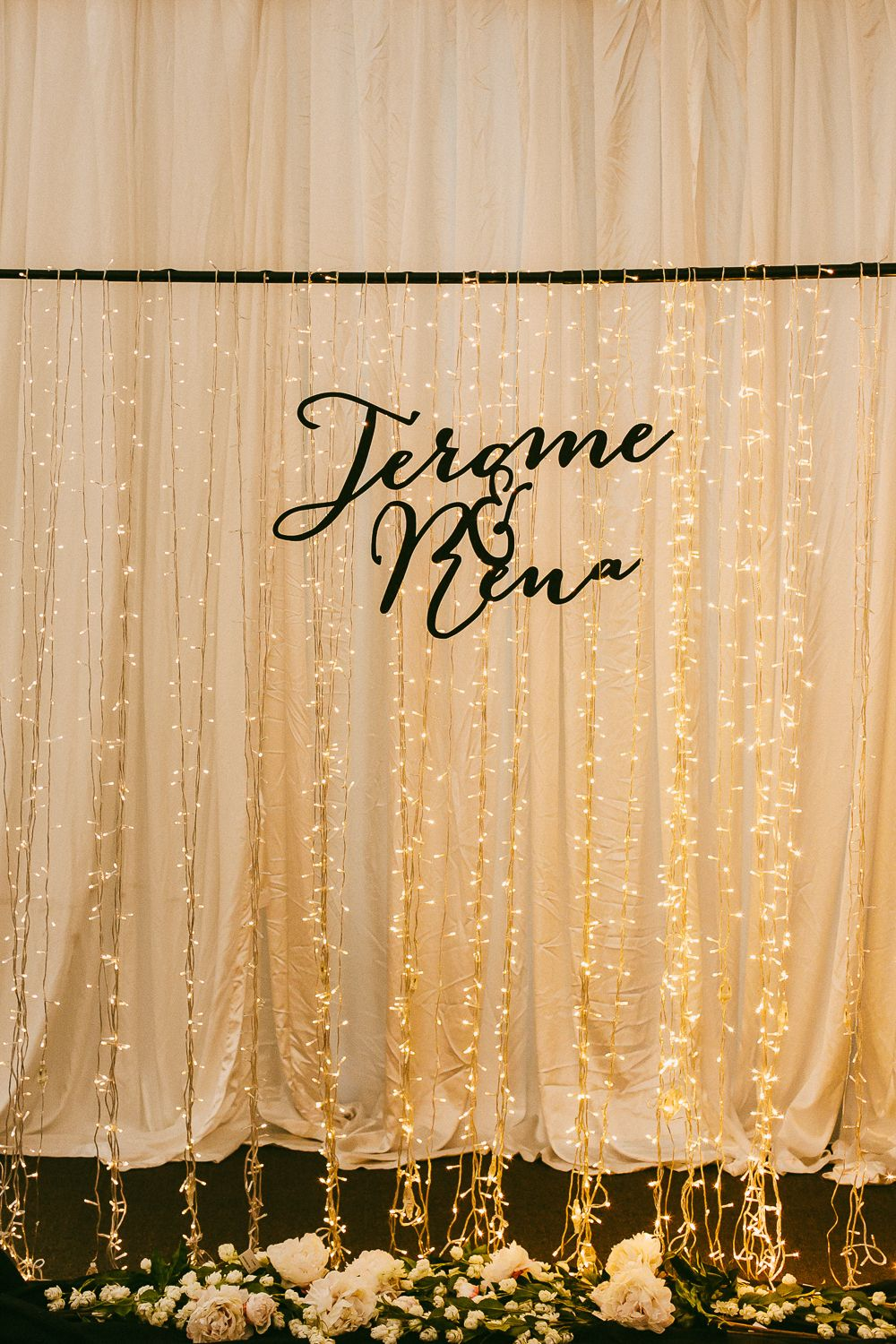 Wedding #backdrop with fairy lights // Photo by Samuel Goh ...