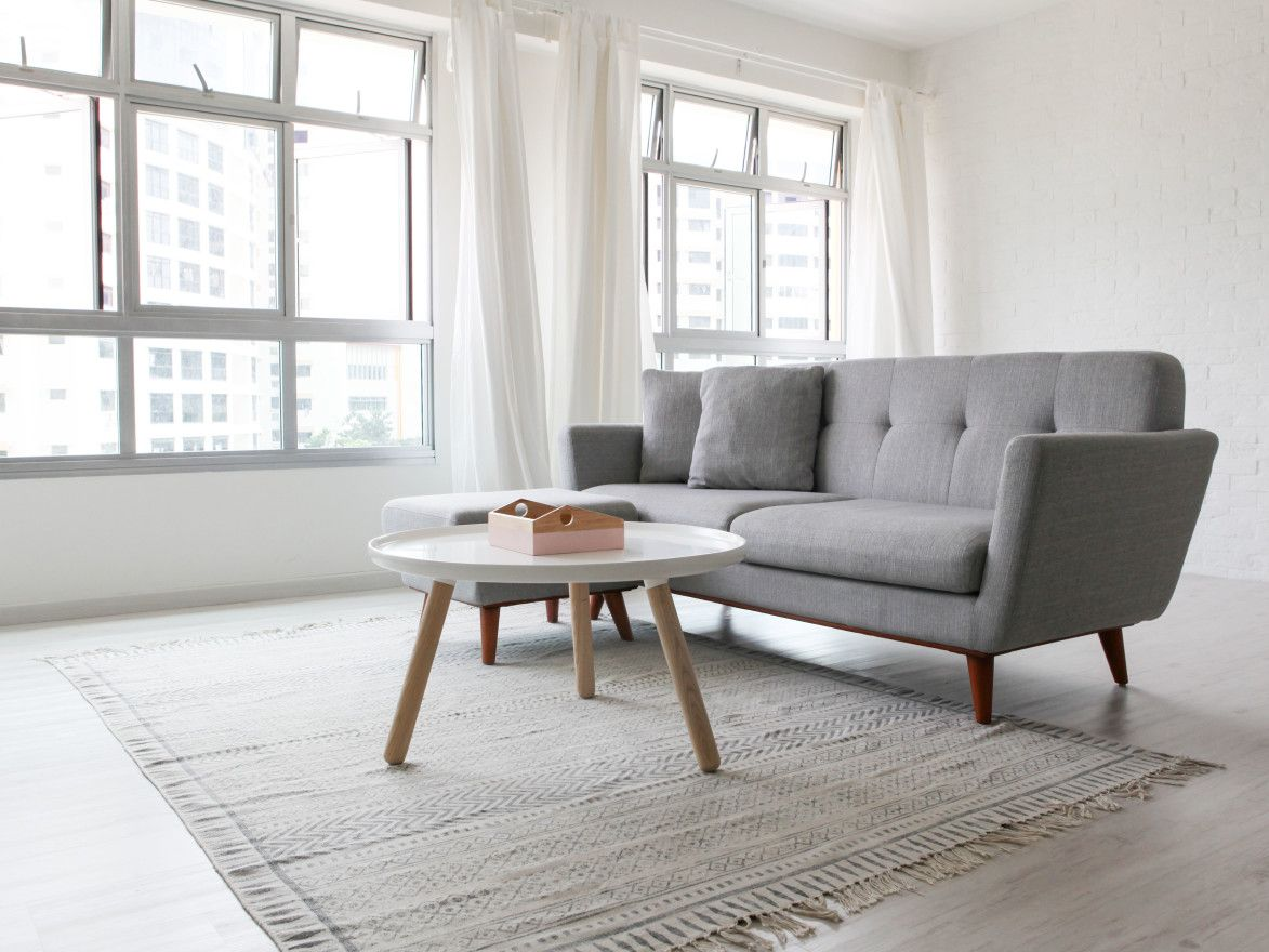 Customer Review / Online Furniture Shop in Singapore
